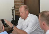 Herbert Thill von Smoothfood moderierte die Expertenrunde von frischli und gab den Teilnehmern wertvolle Praxistipps.
